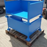 A 3 sided steel stillage with front reinforcement bar